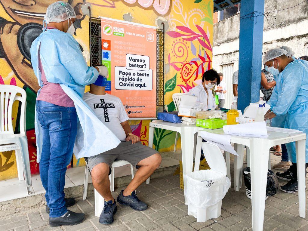 PCR promove ações de testagem contra a covid-19 em nove bairros da cidade, nesta semana